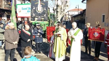 DRUENTO - Domenica di festa per SantAntonio e San Sebastiano