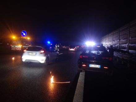 VENARIA-SAVONERA - Tamponamento fra due auto in tangenziale: due feriti, tra cui un 12enne