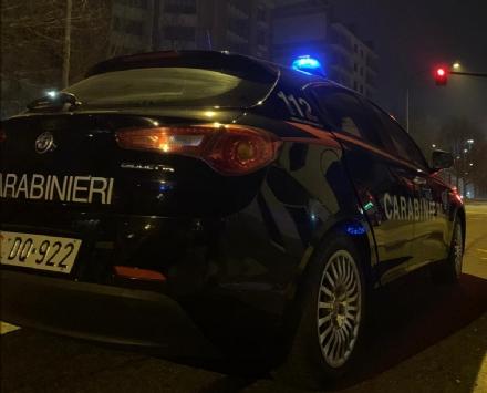 BORGARO - Calci e pugni allanziana madre: carabinieri arrestano 52enne