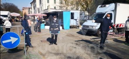 VENARIA - Si torna alla normalità: il sabato il mercato sarà in viale Buridani