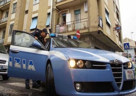 VENARIA - La fuga a folle velocità finisce in via Stefanat: arrestati dalla polizia