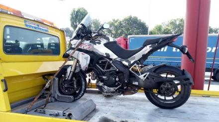 TANGENZIALE - Incidente stradale: ferito un motociclista di Collegno