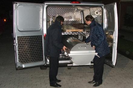 DRAMMA A RIVOLI - Fallisce lazienda: imprenditore si suicida nel capannone