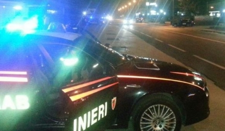 VENARIA-FIANO - Prova a spacciare droga vicino allo Stadium: 57enne arrestato dai carabinieri