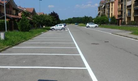 BORGARO - Iniziati i lavori di tracciatura in tutta la città