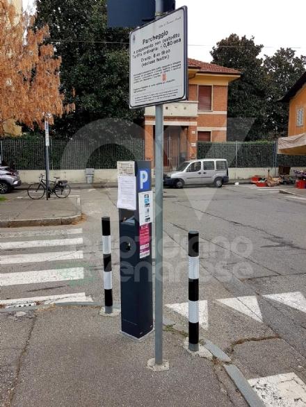VENARIA - Sosta a pagamento sospesa fino al 3 dicembre. Ipotesi allungamento abbonamenti