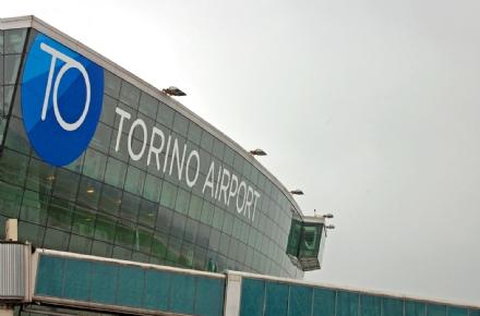 CASELLE - Problemi per i passeggeri diretti a Trapani: volo in ritardo di tre ore