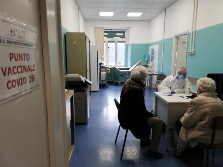 VACCINO ANTI COVID - 306 persone vaccinate nel «V-Day»: a regime saranno 7.700 la settimana