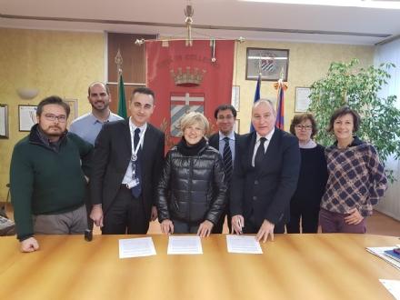 COLLEGNO - Accordo Comune-Carrefour: cibo donato al rifugio Il Cascinotto