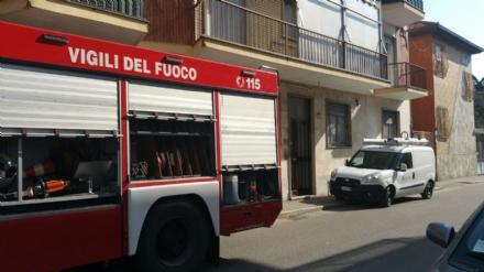 VENARIA - Fuga gas in un alloggio: intervengono i vigili del fuoco