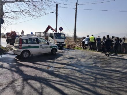 VENARIA - Problemi al canale irriguo della Dora: allagate via Don Sapino e corso Matteotti