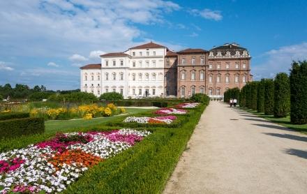 VENARIA - Mascherine e numero ridotto di persone: così ripartono Reggia, Giardini e Castello