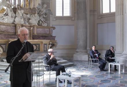 VENARIA - Monsignor Nosiglia in visita in città in occasione di «Passio Christi, Passio Hominis»