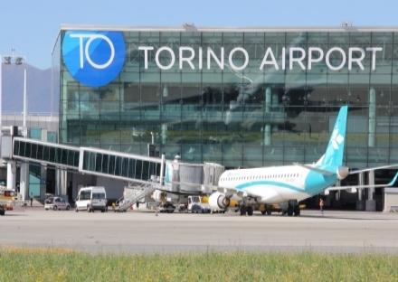 CASELLE - Aeroporto chiuso una ventina di minuti per un problema ad un velivolo