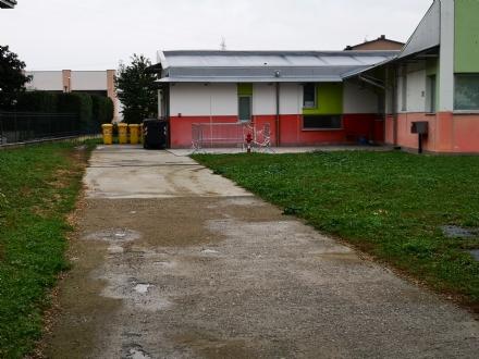 VENARIA - Caldaia rotta alla materna Gallo Praile: la protesta dei genitori - FOTO