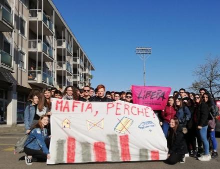 VENARIA - La Reale dice «no» alle mafie partecipando alla «Giornata della memoria e dellimpegno»