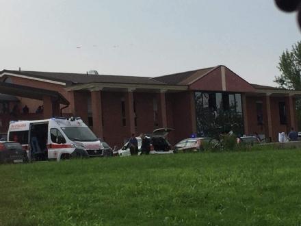 ALPIGNANO - Tensione allex Parlapà: ferita una operatrice dopo il raptus di follia di un ospite, poi arrestato