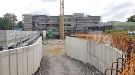 VENARIA - LAsl al cantiere del nuovo presidio sanitario: «Tutto procede nei tempi»