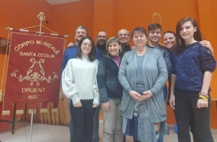 DRUENTO - Una donna alla guida del Corpo musicale Santa Cecilia: è Anna Silvestro