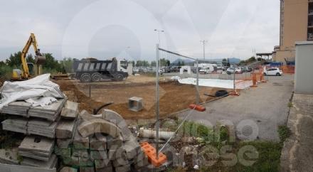 RIVOLI - Lavori in corso allospedale: nuova isola ecologica e nuovi parcheggi per i dializzati