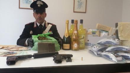 TORINO-VENARIA - Furti al supermercato: il ladro era il responsabile del punto vendita