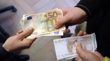 TORINO-COLLEGNO - Un prestito di 57mila euro diventa di 200mila: due usurai in manette