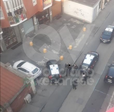 VENARIA - Va nei supermercati e litiga con il personale: due denunce nel giro di poche ore