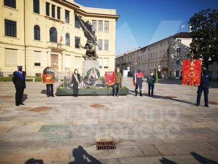 VENARIA - Da «Bella Ciao a distanza» dellAnpi alla cerimonia in piazza Vittorio: il 25 aprile nella Reale - FOTO E VIDEO