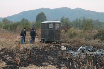 CHIVASSO-VARISELLA - Pastori uccisi a bastonate e abbandonati in un campo: caccia agli assassini