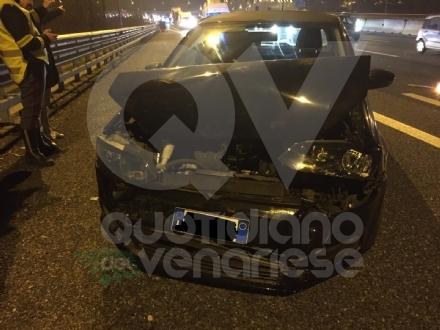 RIVOLI - Scontro in tangenziale: tre auto coinvolte e tre feriti