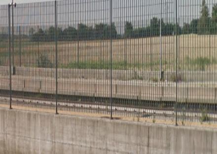 GRUGLIASCO - Rubati i bulloni dalla ringhiera in zona ciclabile. Bianco: «danno da 1.600 euro»