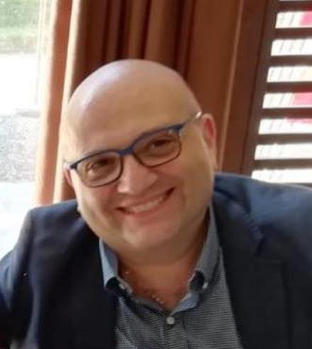 PIANEZZA-COLLEGNO - Il Coronavirus uccide anche il dottor Ivano Garzena: aveva solo 49 anni
