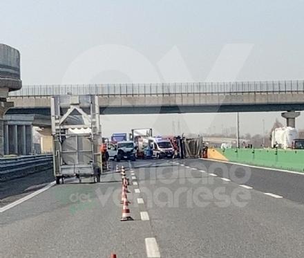 TRAGEDIA SULLA A4 - Morto un autotrasportatore di 59 anni: lavorava a Val della Torre