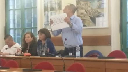 VENARIA - Dimissioni Falcone, la minoranza: «Cosa rimarrà di loro? Poco e nulla»