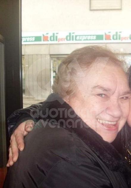 DRUENTO - In lutto per la morte di Paola Micheletti, storica bidella: aveva 73 anni