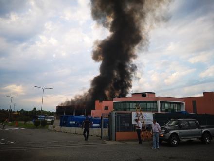 DRUENTO - A fuoco limpianto di Cidiu: vigili del fuoco in azione