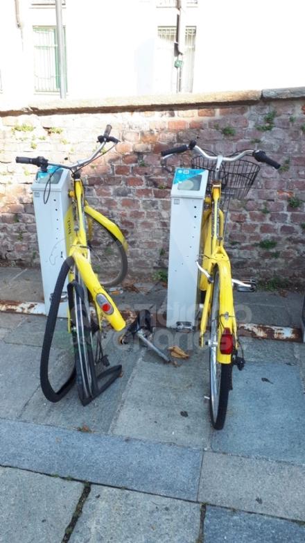 VENARIA - Il bike sharing in città è un problema, tra atti vandalici e disservizi