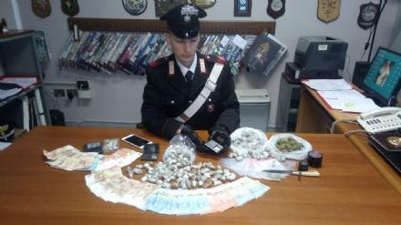 VENARIA - Pusher arrestato dai carabinieri il giorno prima del suo compleanno