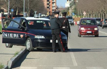TRUFFE - Raggira i commercianti: fermato dai carabinieri di Venaria
