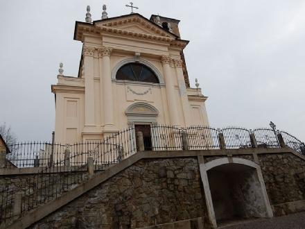 FIANO - Ladri nella casa parrocchiale: rubati più di 3mila euro