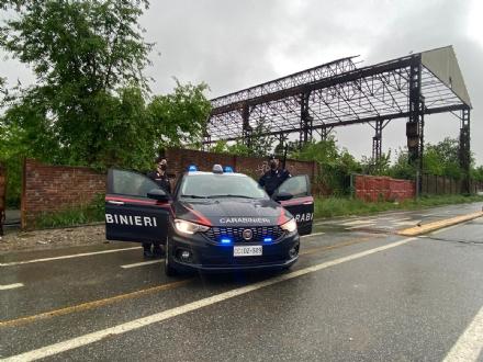 COLLEGNO - Partorisce alle ex Fonderie Mandelli: neo mamma aiutata da carabinieri e 118