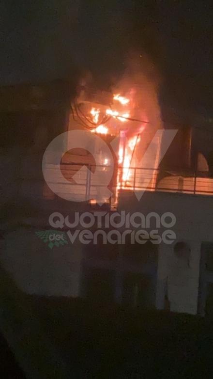 VENARIA - Incendio in piscina: a fuoco un quadro elettrico