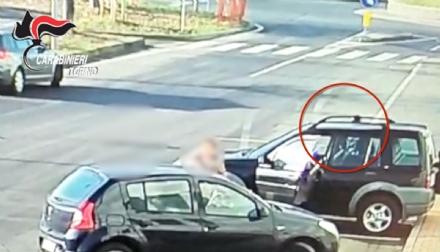 BORGARO-CASELLE - Rubano le borsette alle signore: due marocchini arrestati dai carabinieri