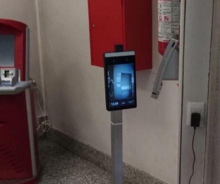 ZONA OVEST - In ospedale e in poliambulatorio si entra dopo «lok» del termoscanner