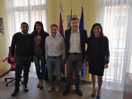 BORGARO - Da lunedì cambia la gestione della mensa scolastica cittadina
