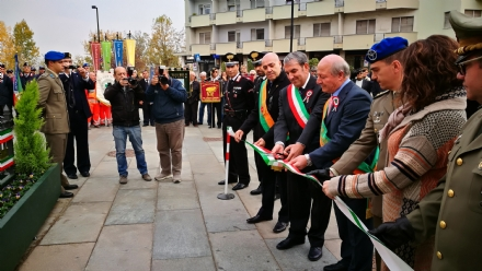 VENARIA - La cancellata del monumento ai Caduti di piazza Vittorio riconsegnata alla Città - LE FOTO
