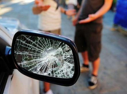 DRUENTO-VENARIA - Truffa dello specchietto: dopo le segnalazioni, scatta un arresto