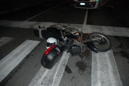 TORINO-BORGARO - Auto contro moto: grave motociclista 26enne borgarese