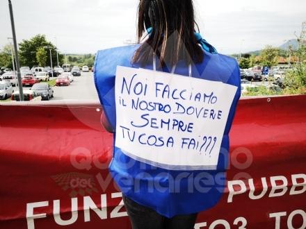 VENARIA-RIVOLI - «#InSilenzioComelaRegione», la protesta dei sindacati negli ospedali Asl To3 - FOTO E VIDEO