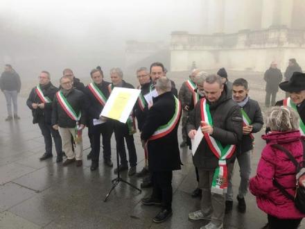 I sindaci di Collegno, Grugliasco, Rivoli, Druento e San Gillio firmano il «Patto di Superga»